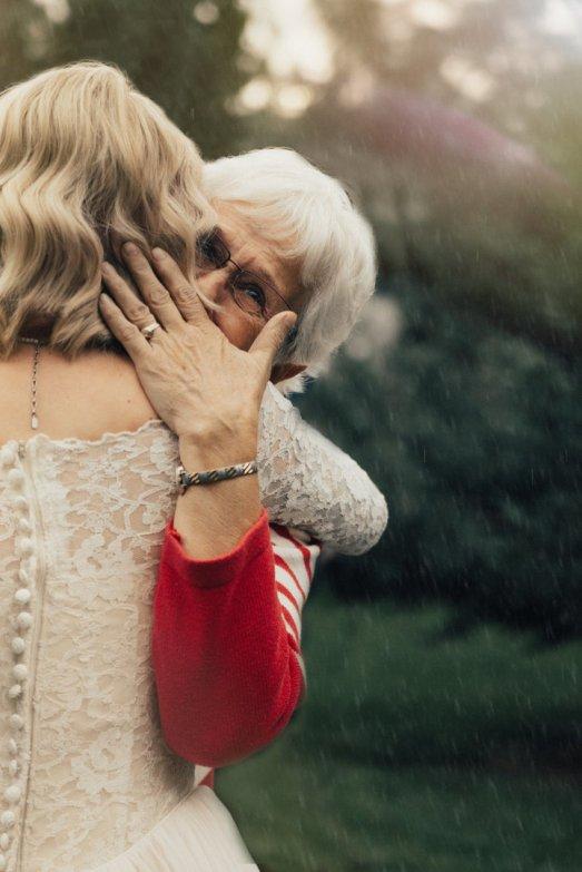 Bride and Grandma3